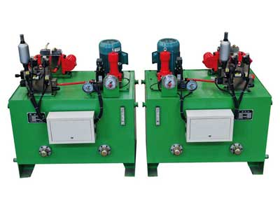 Cartridge controlling secondary braking hydraulic station